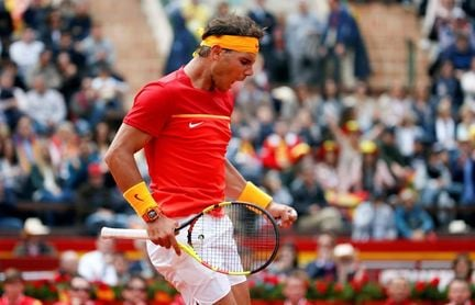 Nadal supera a Kohlschreiber y empata la eliminatoria