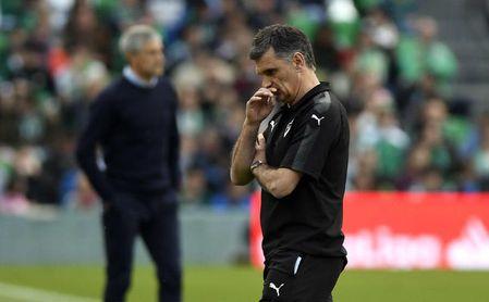 Mendilibar ve alejarse a su equipo de Europa.