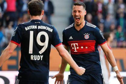 El Bayern entona el alirón, el United frustra el del City, y un Barça de récord