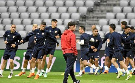 Entrenamiento del Sevilla en el Allianz Arena.
