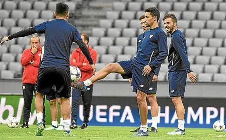 Jesús Navas, en el entrenamiento en el Allianz Arena.