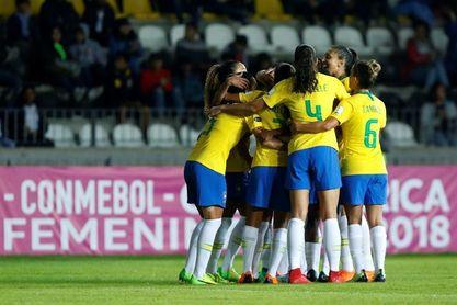 Brasil golea a Venezuela y asegura su pase a la ronda final