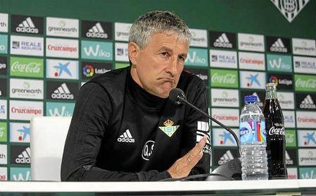 Setién, técnico del Betis, en rueda de prensa.