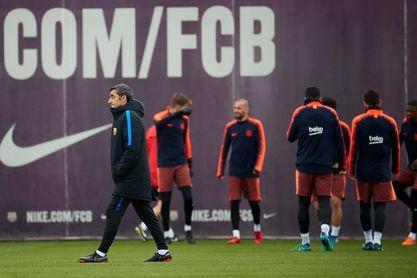 El Barça se aferra a la Liga como consuelo ante un Valencia en racha