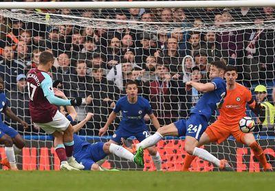 Los clubes de la Premier League rechazan usar el VAR la próxima temporada
