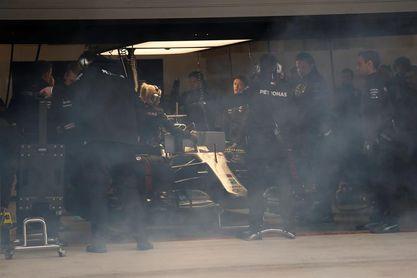 "Hamilton, preocupado porque Ferrari ""funciona en todas partes"""