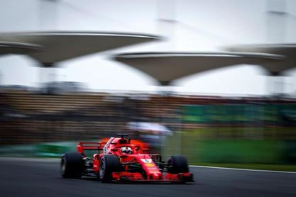 Pole para Vettel en China; Sainz, noveno y Alonso, decimotercero
