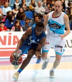 107-99. El Gipuzkoa Basket necesitó la prórroga para ganar a Obradoiro