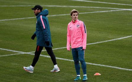 Griezmann-Gameiro, ataque del Atlético; Aly y Sadiku, en el once del Levante