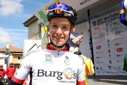 Nicolás Sessler, el único ciclista profesional de Brasil, sueña con la Vuelta