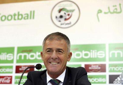 Lucas Alcaraz dimite como entrenador del Almería