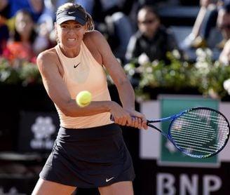 María Sharapova sufre, pero arranca con victoria en Roma