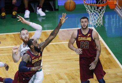 James ylos Cavaliers saben que están contra las cuerdas, pero no eliminados