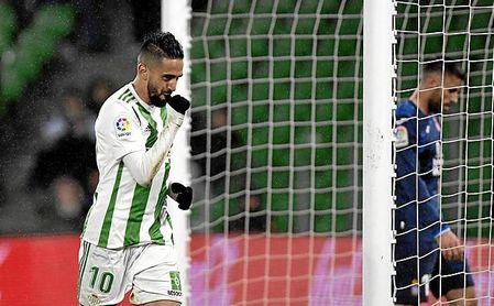 La 18/19 debe ser, a priori, la de la confirmación de Boudebouz en el Betis.