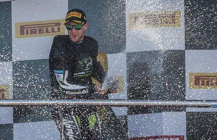 Jonathan Rea logra su sexta victoria de la temporada en Brno
