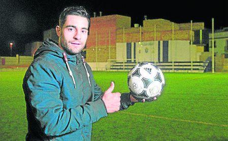 Alberto Quesada ha marcado la friolera de ocho goles siendo defensa.