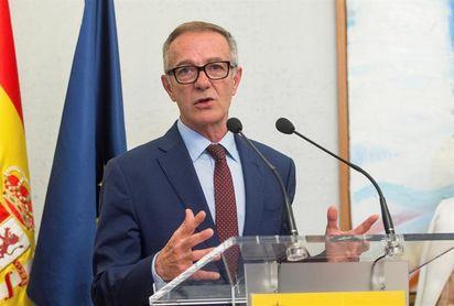 El nuevo ministro de Cultura y Deporte no irá al primer partido de España