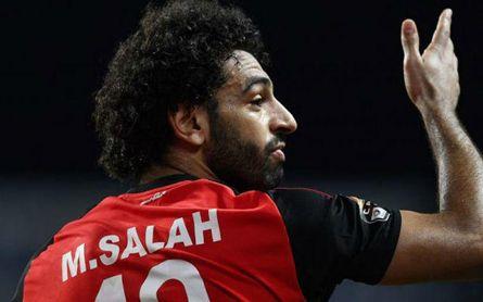 Rezándole a Salah