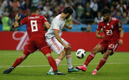 0-1: El fútbol castiga a Irán y da aire a España
