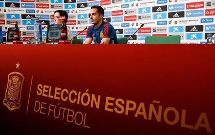 "Lucas Vázquez: ""Queremos quedar primeros, ya veremos si toca Rusia o Uruguay"""