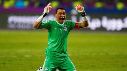 El Hadary durante un encuentro con la selección egipcia.