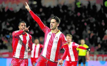 El canario Juanpe celebra uno de sus cinco goles con el Girona durante el pasado curso.