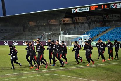 Chile jugará amistosos con Japón y Corea del Sur en septiembre