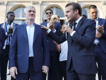Deschamps será seleccionador francés hasta 2020, según la federación