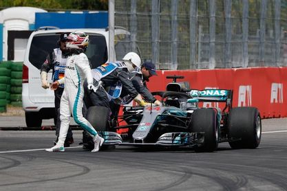 Hamilton abandona con problemas mecánicos la Q1