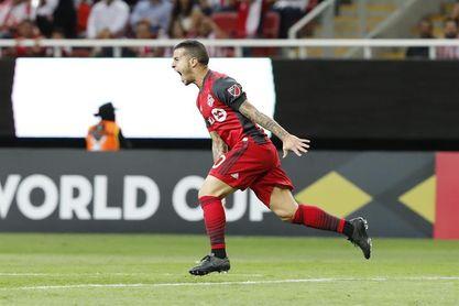 1-2. Giovinco y Osorio marcan goles que dan victoria importante a Toronto FC