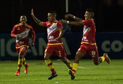 Sport Huancayo necesita golear para cambiar la historia que favorece al Caracas