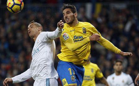 Bigas pelea un balón durante un encuentro con la UD Las Palmas.