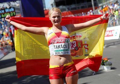Julia Takac endereza el rumbo español con un bronce en 50 km
