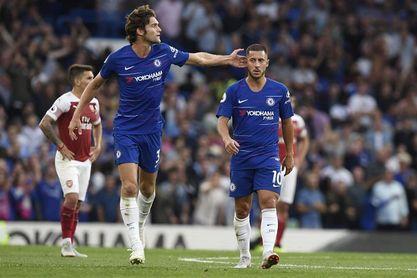 Marcos Alonso salva el triunfo del Chelsea y afea el arranque de Emery