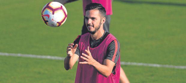 El Sevilla comienza a desconfiar con Sarabia