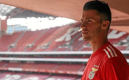 Corchia tampoco ha empezado con buen pie en el Benfica.