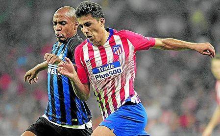 Joao Mario no descarta quedarse en Milán si, finalmente, el Betis se decide por otro medio creativo.