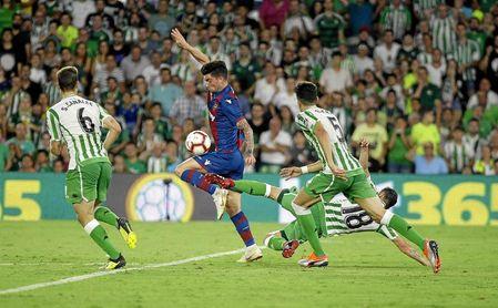 Imagen del partido de Liga ante el Levante.