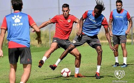 Alex Alegría, novedad en el entrenamiento del Rayo Vallecano.
