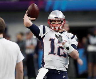 Brady comienza dominante; Rodgers lidera remontada; pierden los Cowboys