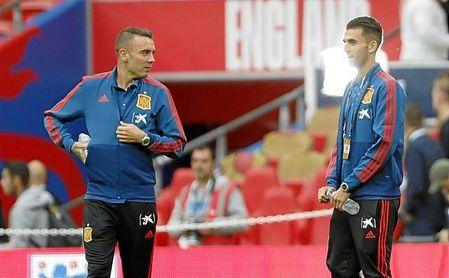 Aspas y Ceballos, en los momentos previos al Inglaterra-España.