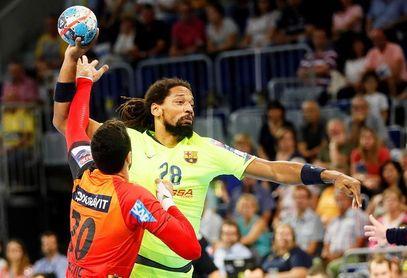 35-34: Demasiados errores en la defensa del Barça ante un rival mucho más rodado