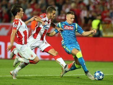 0-0. El Nápoles se atasca ante el muro defensivo del Estrella Roja