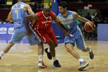 Michael Hicks se mantendrá activo jugando en la liga de baloncesto en Panamá