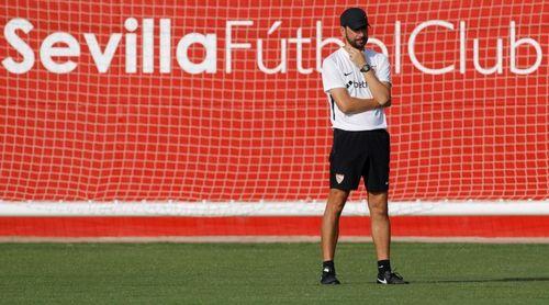 El Sevilla prepara la visita del Standard con el balón del torneo como protagonista