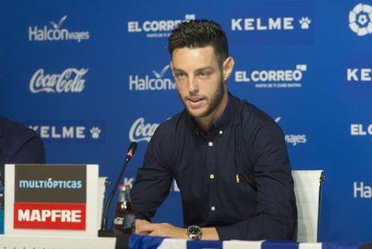 Burgui: Prefiero jugar en Vallecas porque el ambiente nos motiva
