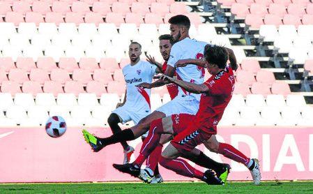 Sevilla Atlético-Talavera (0-0): Sin pólvora no hay botín completo