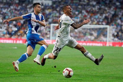 El Real Madrid gana al descanso al Espanyol con un gol de Asensio