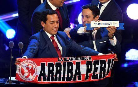 La hinchada de Perú, recompensada con el premio ´The Best´ a la mejor afición