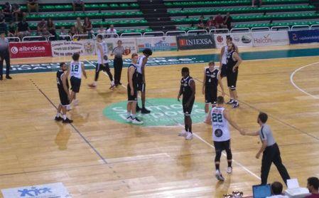 Victoria del Betis ante el Cáceres Basket en el Trofeo de Baloncesto de Cáceres (69-81)